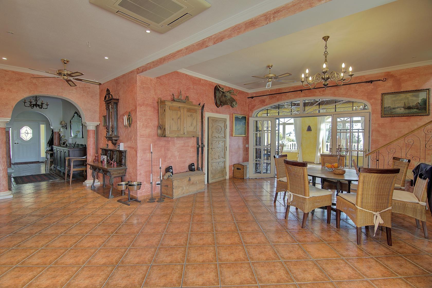 Купить дом за криптовалюту в Fujairah Аль-Батае nine west бренд